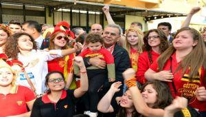 Büyükşehir'den Göztepe'ye maddi destek