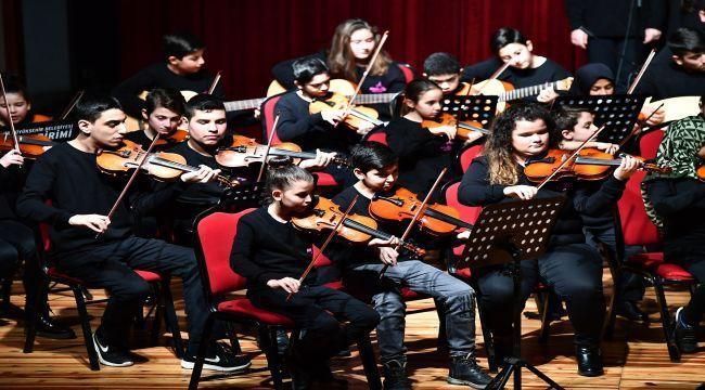 'Mahalle Orkestrası'ndan ilk konser