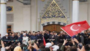 EÜ Bilal Saygılı Camii açıldı