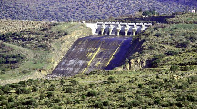 Güzelhisar Barajı'nda Su Seviyesi Yarıya İndi