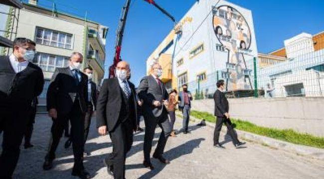 Nisan'da açılacak Örnekköy Sosyal Projeler Yerleşkesi'ni ziyaret etti